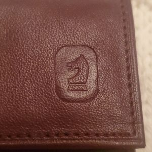 Brown Leather Key and Card Holder